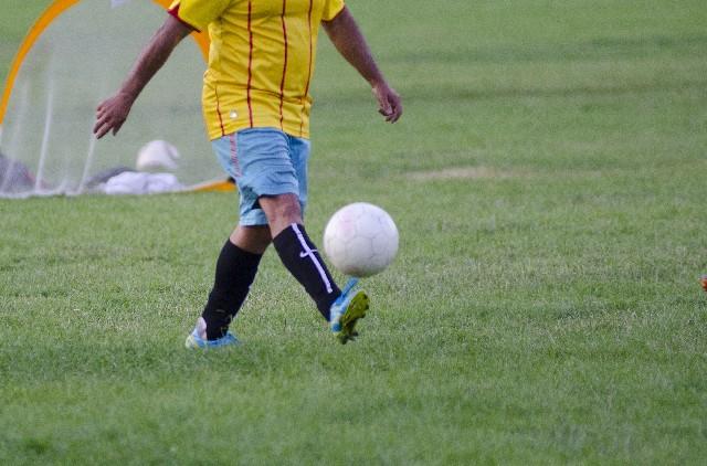サッカーしてる姿