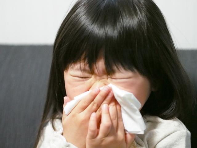 子供の鼻かみ